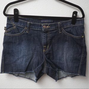 ROCK & REPUBLIC JEAN SHORTS, DARK BLUE